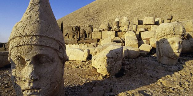 The remains at Mount Nemrut date back to the period of Alexander The Great