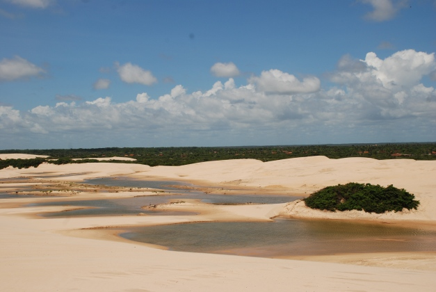 "The Lençóis Maranhenses National Park is considered the ""Brazilian Sahara"""