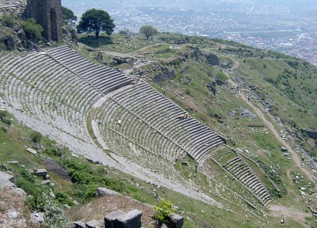 The ancient city of Pergamum commands and impressive view of the surrounding countryside