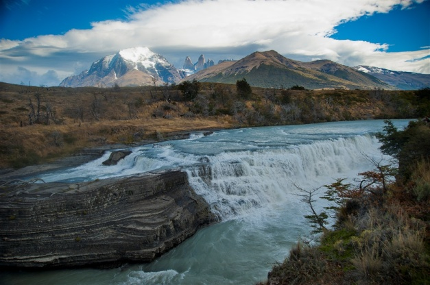 A Stay at Remota gives unparalleled access to the wilderness regions of Patagonia, as well as the ability to visit the regional hub of Puerto Natales, or go wildlife viewing