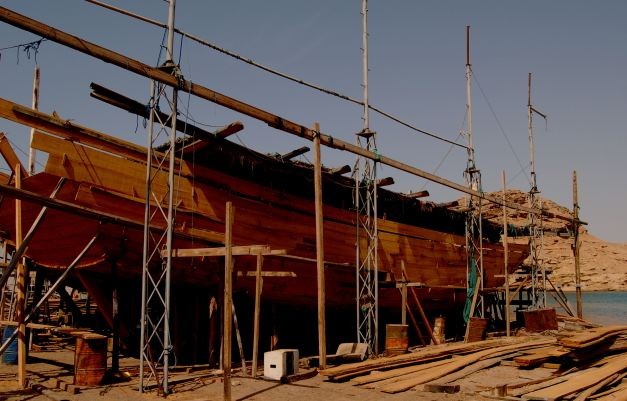 Sur is known for the construction of Dhows