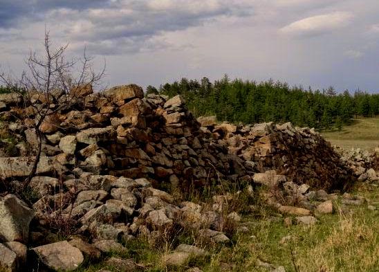 The Uglugchiin Kherem Wall