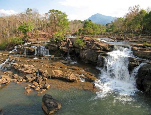 Waterfalls at Tadlo